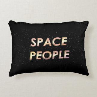 Personnes de l'espace - le coussin !