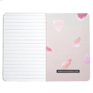 Pétales de rose romantiques carnet de poche