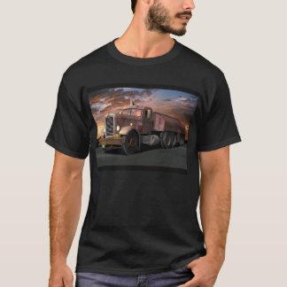 """Peterbilt """"camion de duel"""" avec le tee - shirt de t-shirt"""