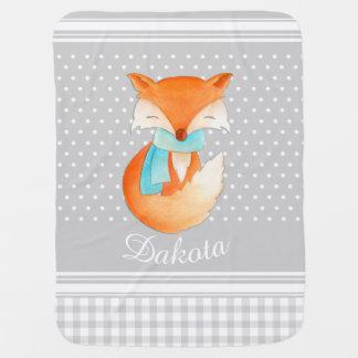 Petit animal de Fox avec la couverture grise de Couvertures De Bébé