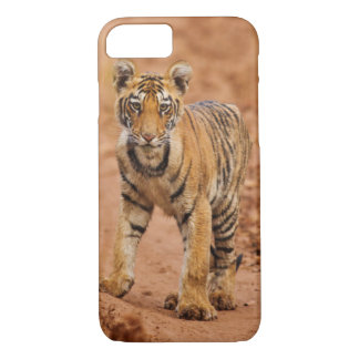 Petit animal de tigre royal de Bengale sur le Coque iPhone 7