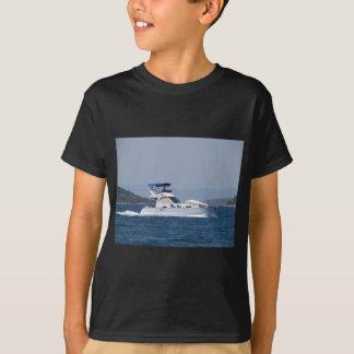 Petit canot automobile attrayant t-shirt
