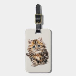 Petit chaton mignon étiquette à bagage