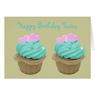 Petit gâteau crème vert et coeurs roses cartes