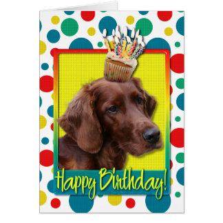 Petit gâteau d'anniversaire - poseur irlandais carte de vœux