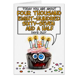 Petit gâteau de joyeux anniversaire - 13 années carte de vœux