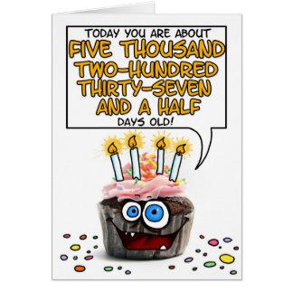 Petit gâteau de joyeux anniversaire - 14 années carte de vœux