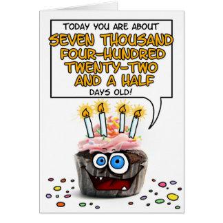 Petit gâteau de joyeux anniversaire - 20 années carte de vœux