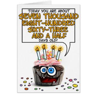 Petit gâteau de joyeux anniversaire - 21 années carte de vœux