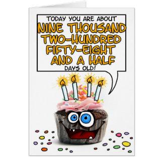 Petit gâteau de joyeux anniversaire - 25 années carte
