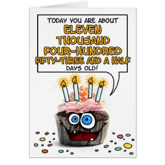 Petit gâteau de joyeux anniversaire - 31 années carte de vœux