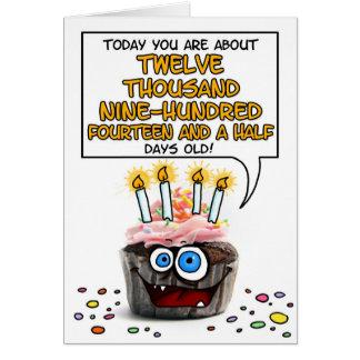 Petit gâteau de joyeux anniversaire - 35 années carte de vœux
