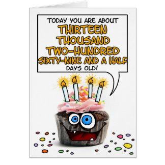 Petit gâteau de joyeux anniversaire - 36 années carte de vœux