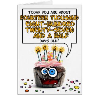 Petit gâteau de joyeux anniversaire - 40 années cartes de vœux