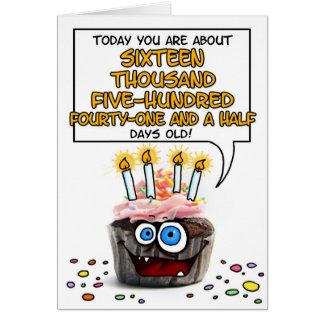 Petit gâteau de joyeux anniversaire - 45 années carte de vœux