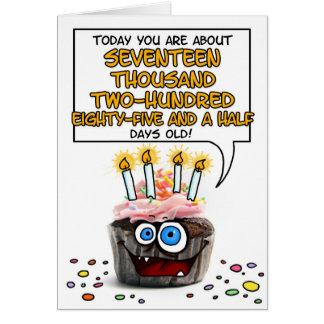 Petit gâteau de joyeux anniversaire - 47 années carte de vœux