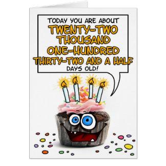 Petit gâteau de joyeux anniversaire - 60 années cartes de vœux