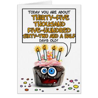 Petit gâteau de joyeux anniversaire - 97 années carte de vœux