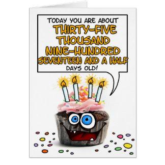 Petit gâteau de joyeux anniversaire - 98 années carte de vœux