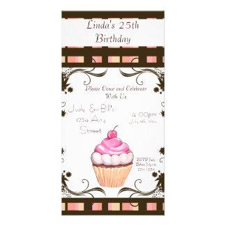 Petit gâteau de joyeux anniversaire carte avec photo