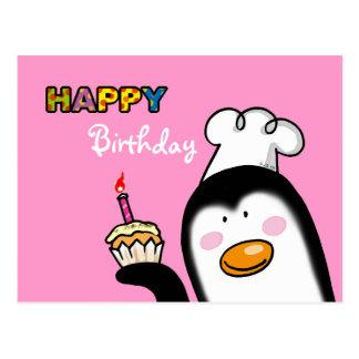 Petit gâteau de pingouin de joyeux anniversaire carte postale