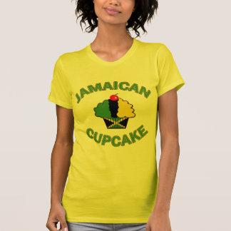 Petit gâteau jamaïcain dans des couleurs t-shirt