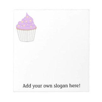 Petit gâteau lilas - personnalisez un graphique blocs notes