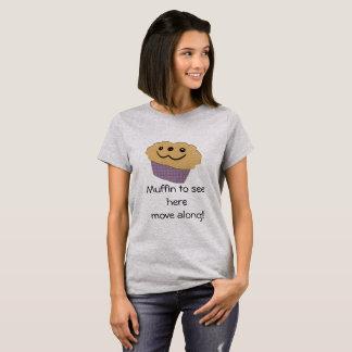 Petit pain à voir ici. t-shirt