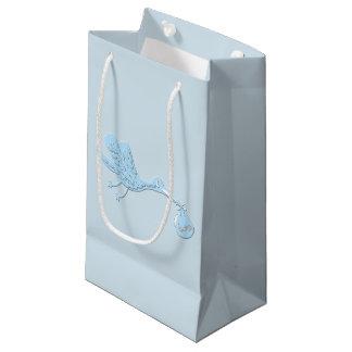 Petit Sac Cadeau Cigogne bleue livrant le garçon