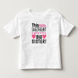 Petit T-shirt de faire-part de grossesse