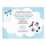 Petite carte postale de baby shower d'avion d'avia