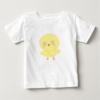 Petite chemise de bébé de Candi de poussin T-shirt