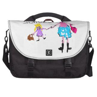 Petite fille et mère - école sac ordinateur portable