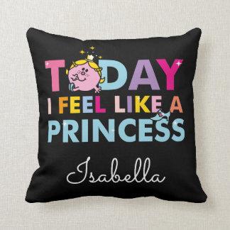 Petite Mlle le princesse   que je me sens comme Coussin