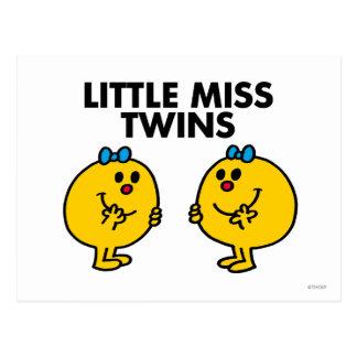 Petite Mlle Twins | deux beaucoup d'amusement Carte Postale