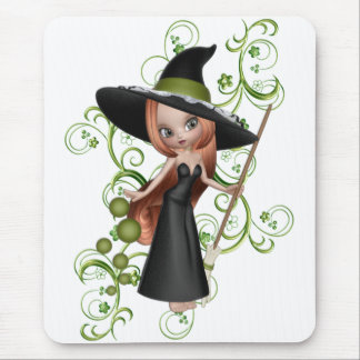 Petite sorcière Redhaired avec la conception verte Tapis De Souris