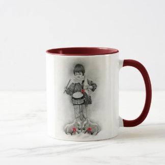 Petite tasse de garçon de batteur