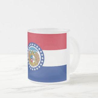 Petite tasse en verre givrée avec le drapeau du