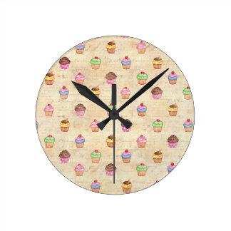 Petits gâteaux vintages horloge ronde