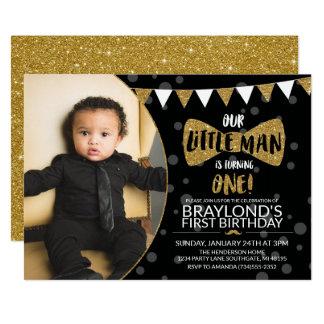 Petits noir d'homme et invitation de photo d'or