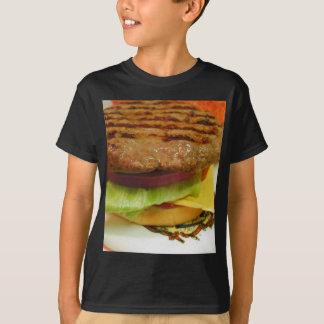 Petits pains de tomates de laitue de petits pâtés t-shirt