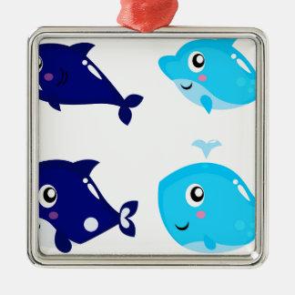 Petits T-shirts mignons bleus de baleines Ornement Carré Argenté