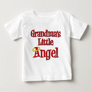 Peu d'ange de la grand-maman t-shirt pour bébé