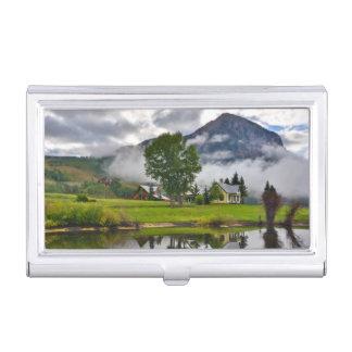 Peu de Chambre en brume sur le lac Boîtier Pour Cartes De Visite