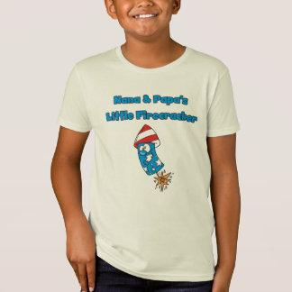 Peu de T-shirts de pétard de Nana et du papa