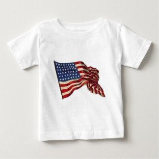 Peut longtemps elle ondulent - le drapeau t-shirt pour bébé