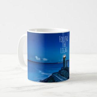 Phare au crépuscule mug
