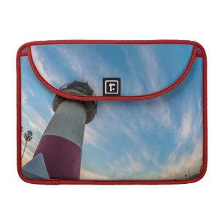 Phare au port d'Oceanside Housses MacBook Pro