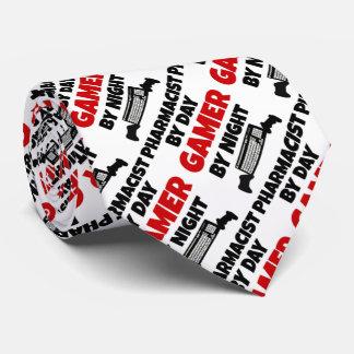 Pharmacien par le Gamer de jour par nuit Cravates