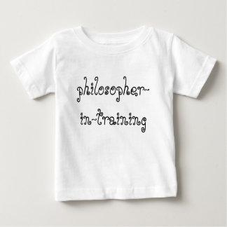 Philosophe dans la chemise de bébé de formation t-shirt pour bébé